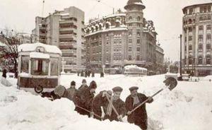 nameti-de-5-metri-si-tancuri-batatorind-zapada-iarna-din-1954-cea-mai-grea-din-istoria-romaniei_7